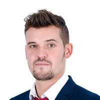 Alex Christie Headshot Nov 2017 website