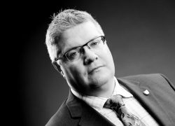 Geoff Flavell-Matts Compass Associates B&W headshot 2015
