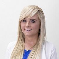 Holly Davies Headshot May 2017 website