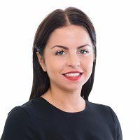 Rachel Kraan Headshot June 2015 website
